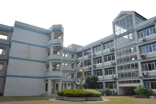 南京师范大学第二附属高级中学校园风光